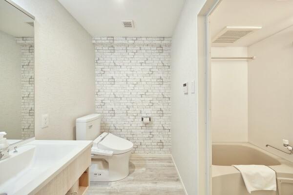 Twin_Room_Bathroom_1_fix